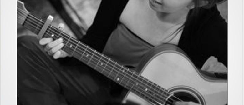 Singer Songwriter Showcase Performances