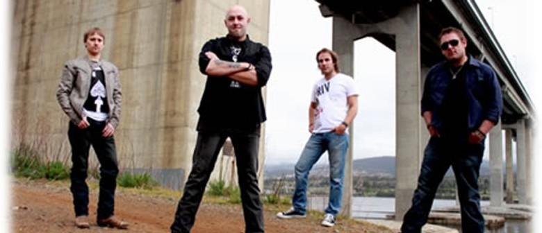 The Wolfe Brothers, Lee Kernaghan