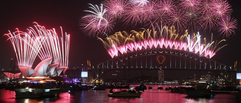 New Year's Eve Harbour Tour Aboard An Iconic Ferry