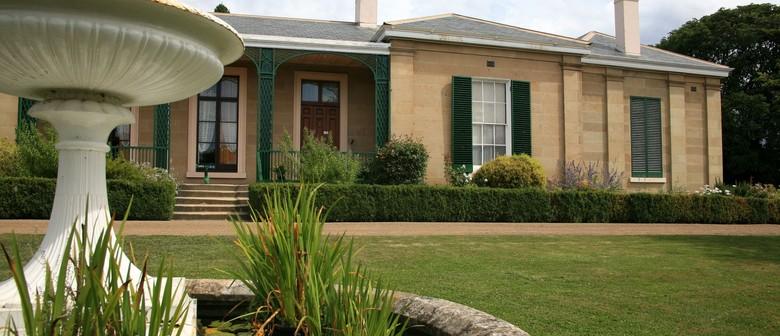 Captain's House And Garden Tour