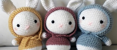 Amigurumi - Japanese Crocheting of Soft Toys