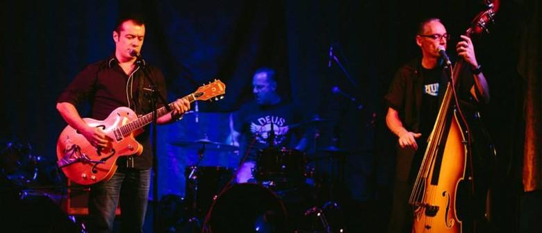 Friday Night – The Crossbones