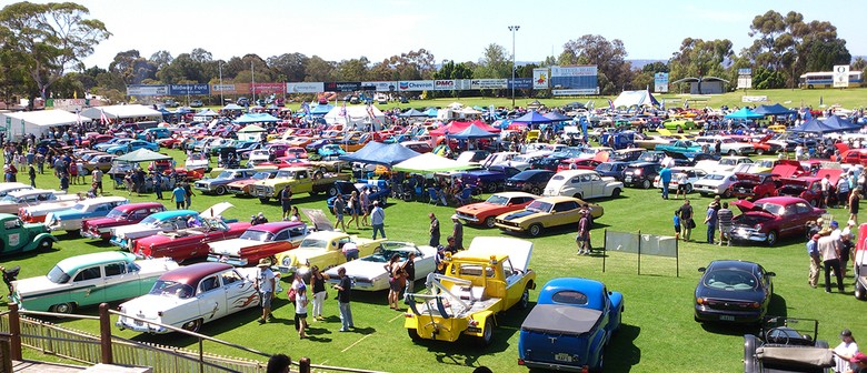 All ford day car show perth eventfinda for Pool show 2015 perth