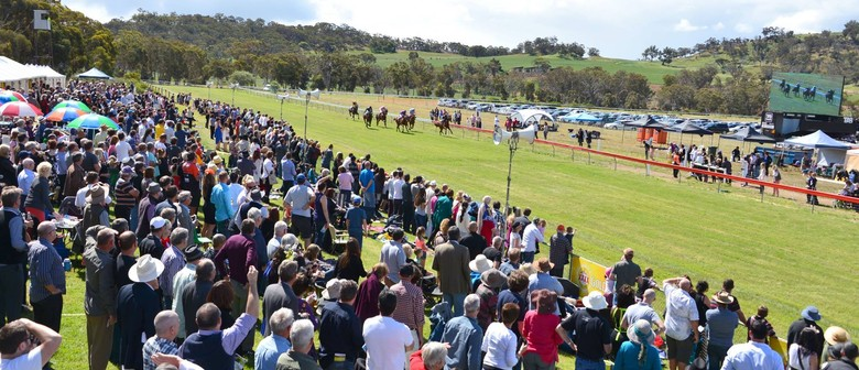 2017 TABtouch Toodyay Picnic Race Day