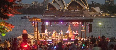 Carols Under the Bridge