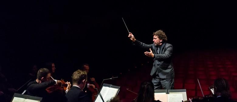 Asher Fisch Conducts Strauss & Bruckner