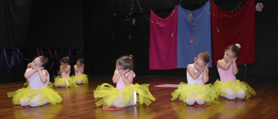 Christmas Dance Concert (Tiny Tots)
