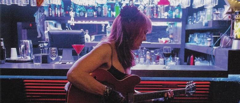 Paula McMahon