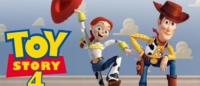 Toy Story 4 Film Fundraiser for Scarlett's Smile