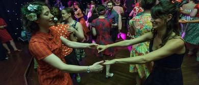 Learn to Dance In a Day – Collegiate Shag – Swing Patrol