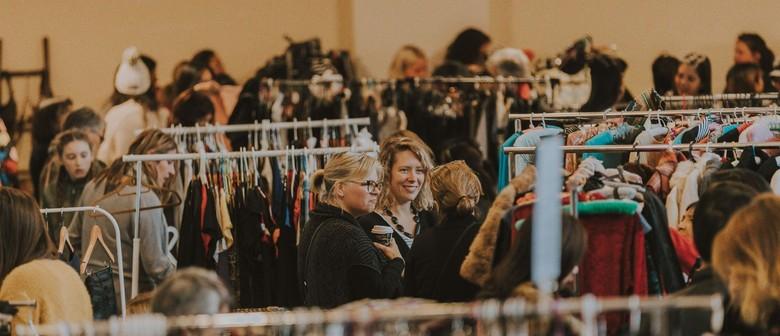 Round She Goes Preloved Fashion Market