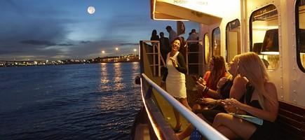 Lady CutlerShowboat